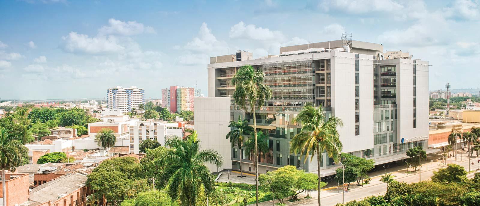 Nuestra Historia - Acerca de Centro Médico Imbanaco - Centro Médico ...